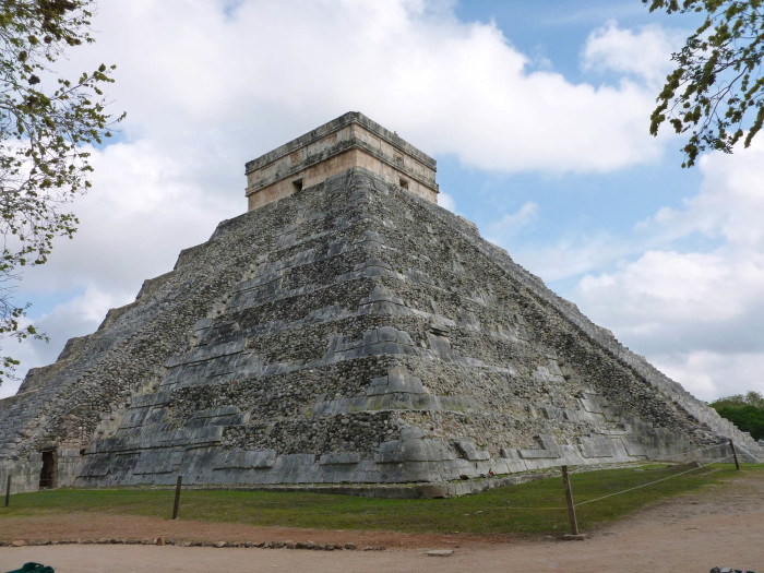 Another view of El Castillo.
