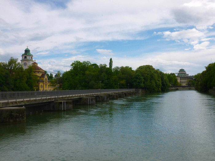 The bridge from Prater Island to Museum Island.