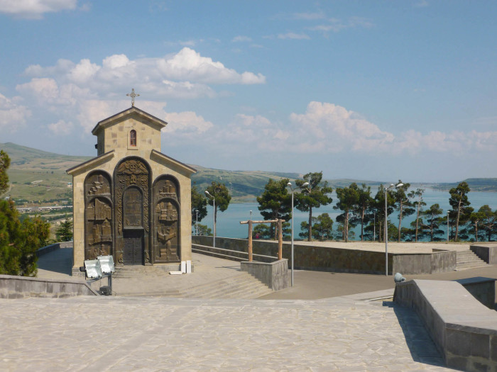 The little church at the monument, with the Tbilisi Sea in the background.