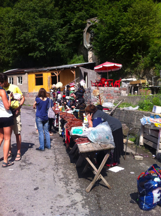 Some roadside vendors at a pit stop along the Georgian Military Road.