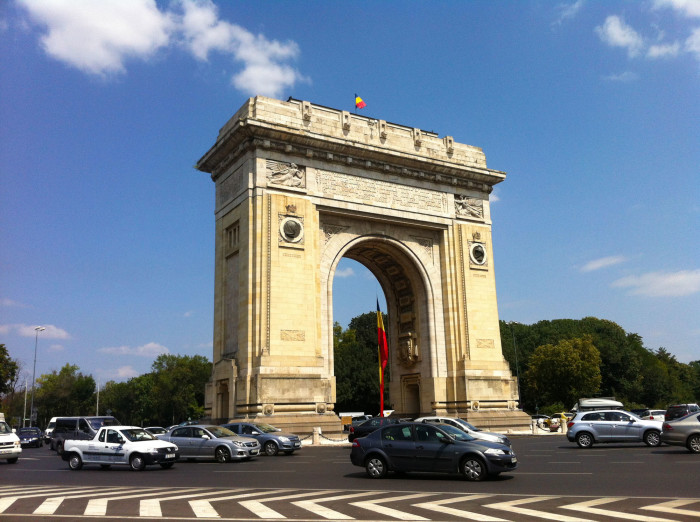 Arcul de Triumf, a victory arch built in 1936 to commemorate Romanian independence and remember the Romanians killed in World War I.