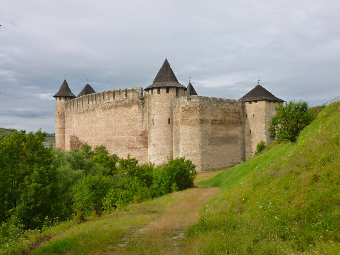 Another look at Khotyn Fortress