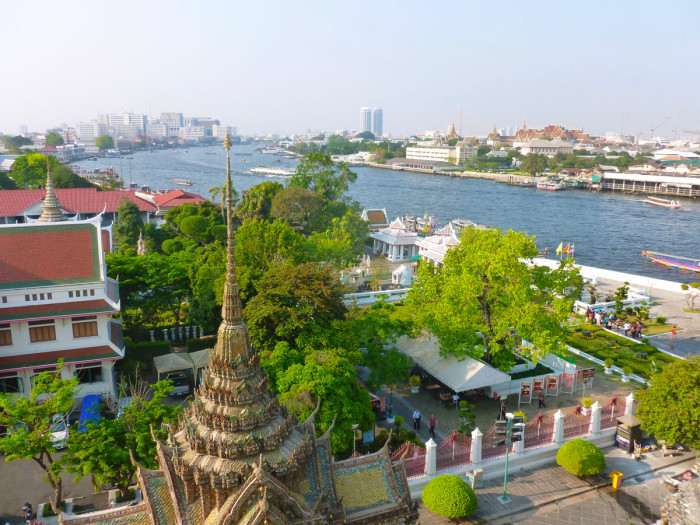 Looking north (upriver) from Wat Arun