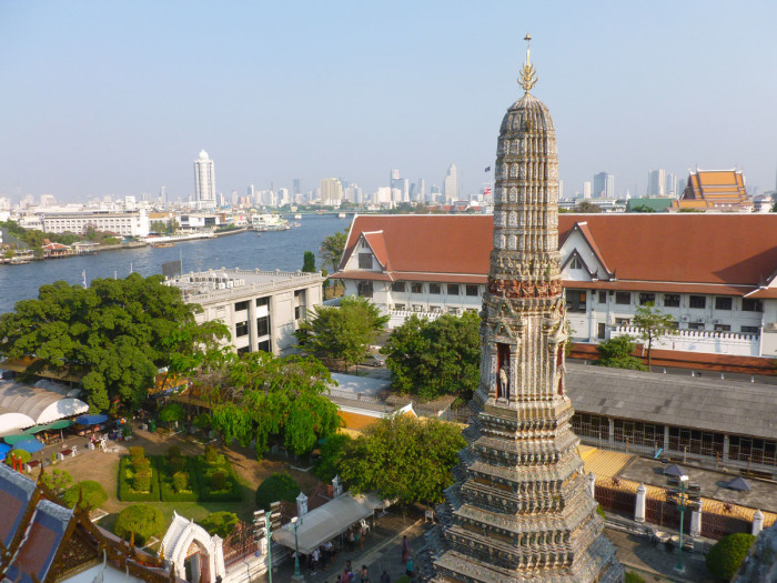Looking south (downriver) from Wat Arun
