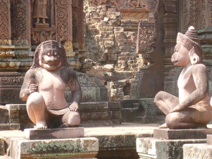 Monkey god statues in Banteay Srei