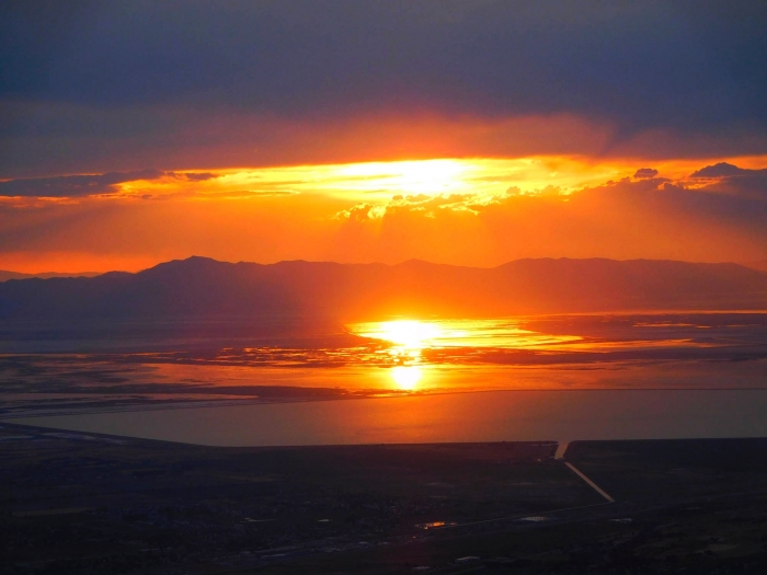 The setting sun turned the Great Salt Lake into lava