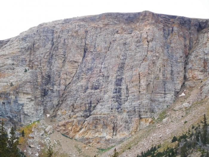 The main wall in Bull Mountain Cirque